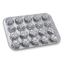 Nordic Ware - 58548 - (20) Flower Petits Fours Pan image