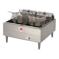 Wells - F-67 - 30 lb. - 9.2KW Dual Pot Electric Fryer image