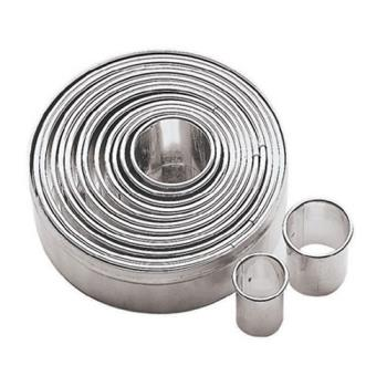 76370 - World Cuisine - 47316-12 - Round Dough Cutter Set Product Image