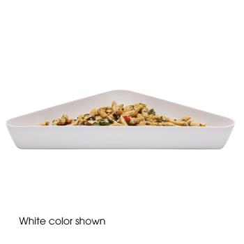CAMSFT1515148 - Cambro - SFT1515 - ShowFest® 4.5 Qt White Triangular Dish Product Image
