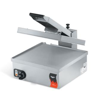 VOL40793 - Vollrath - 40793 - Cayenne® Super Size Flat Plate Sandwich Press Product Image