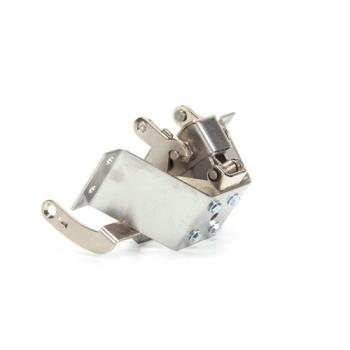 8008451 - Star - C9-3B82D0175 - Catch Bracket & Trus Assembly Product Image